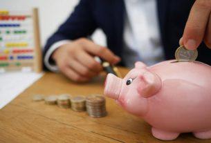 Pięć sposobów, jak oszczędzać na opłatach i kosztach bankowych