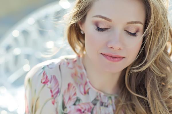 Wiosenne kuracje kosmetyczne na poprawę kondycji skóry