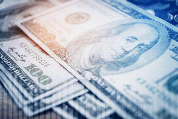 Czemu dolar, a nie inna waluta, rządzi rynkiem walutowym?